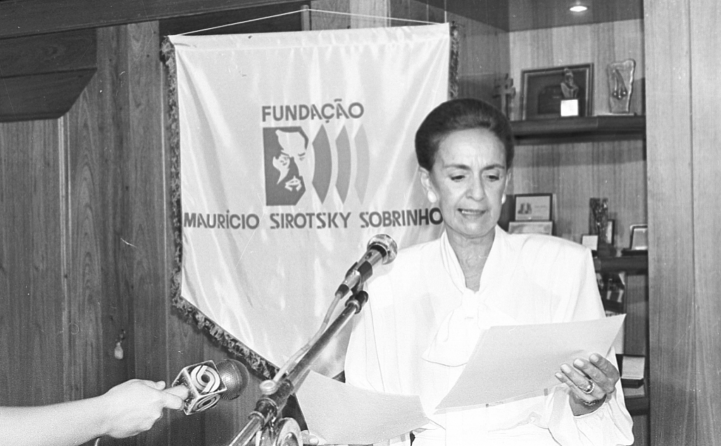 1987 - RBS Foundation, created in 1982, changes its name to Maurício Sirotsky Sobrinho Foundation.
